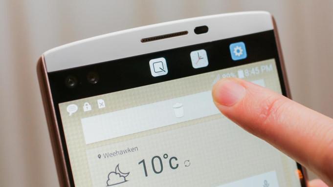 LG V10 Ekran