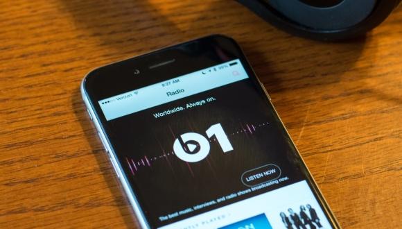 beats-1-iphone6-beats-hero.jpg